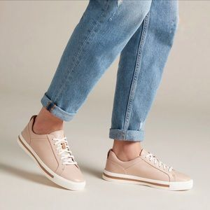 Clarks Unstructured Un Maui Lace Up Sneakers Blush